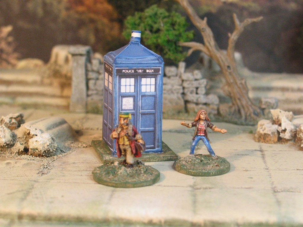 15mm Doctor Who and Tardis