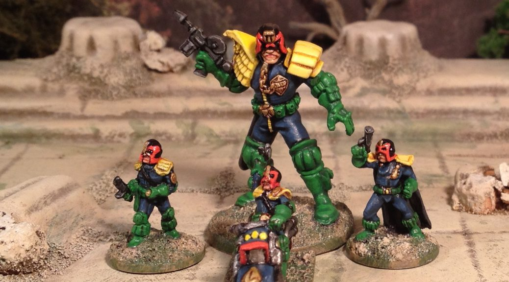 28mm and 15mm Judge Dredd 2000AD SciFi Skirmish