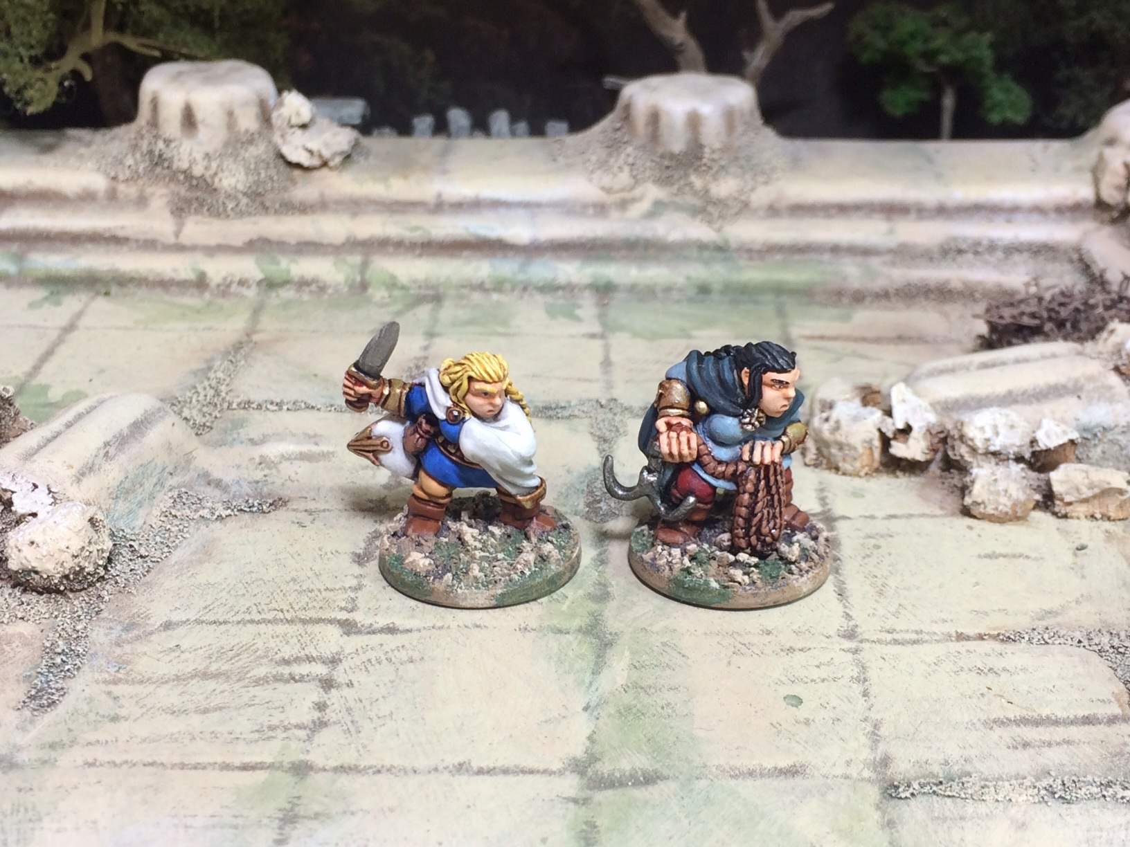 Oathsworn Miniatures Female Dwarves 28mm